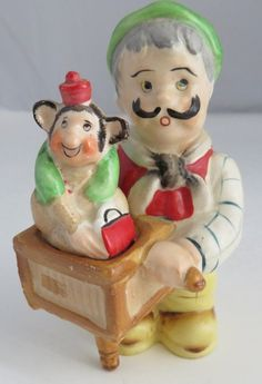 SHAFFORD ORGAN GRINDER AND MONKEY S&P SHAKERS   (INV1144)