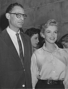 22/06/1956 Conférence de presse Sutton Place - Divine Marilyn Monroe