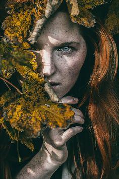 In autumn mood by Barbora Biňovcová portrait Fantasy Photography, Portrait Photography, Creative Portraits, Dark Beauty, Character Inspiration, Photo Art, Modeling, Fine Art, Artwork