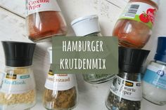 Hamburgerkruiden!! Wil je weten hoe je zelf de lekkerste hamburgers maakt? Bekijk dan eens dit recept voor hamburgerkruiden! Eet smakelijk. Salad Sauce, Homemade Seasonings, Dutch Recipes, Seasoning Mixes, Wrap Sandwiches, Spice Mixes, High Tea, Soup And Salad, Diy Food