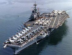 USS Ranger (CV 61) in San Diego in 1987.