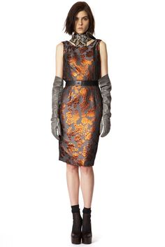 Vera Wang Pre-Fall 2013 - Collection - Gallery - Style.com