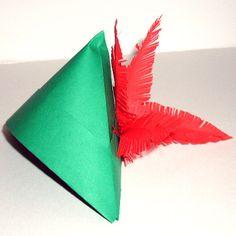 Chapeau Robin des bois en papier ou feutrine Peter Pan Hat, Diy For Kids, Crafts For Kids, Theme Days, Peter Pan Disney, Disney Crafts, Party Hats, Activities For Kids, Animation