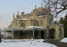House Style Guide to the American Home: 1840-1880: Gothic Revival House (Masonry)
