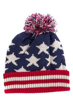 Add just the right amount of throwback cool to your ensemble with this retro stars and stripes beanie. Perfect for an all American girl who likes to stay true to her roots. Tomboy Fashion, Tomboy Style, Dj Tanner, Cute Coats, Funky Shoes, Beanie Hats, Beanies, Ski Hats, Stylish Jewelry