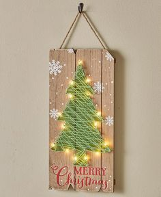 This Lighted Holiday String Art combines the nostalgia of string art with modern LED lights to create eye-catching decor. Christmas Tree Template, Christmas Tree And Santa, Christmas Gifts For Mom, Holiday Crafts, Christmas Ornaments, Holiday Wreaths, Holiday Decor, String Art Templates, Thread Art