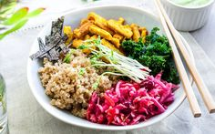 <p>This easy-to-prepare macro bowl has a base of Indonesian-spiced tempeh, umami quinoa, and tender steamed kale.</p>