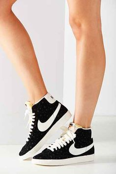 Nike Womens Blazer Mid Suede Vintage Sneaker - Urban Outfitters