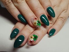 Gel dark green nails with flowers