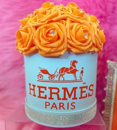 Flower Box Gift, Flower Boxes, Flowers, Color Switch, Hermes Paris, Drink Sleeves, Bouquet, Vibrant, Gifts