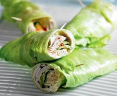 Healthy Turkey & Cucumber Lettuce Wrap makes it easy to eat healthy at work. Use 4 oz turkey, and romaine or butter lettuce to serve 4 g hummus equals about 9 ounces). Healthy Recipes, Low Carb Recipes, Healthy Snacks, Healthy Eating, Lean Snacks, Skinny Recipes, Crock Pot Recipes, Slow Cooker Recipes, Cooking Recipes