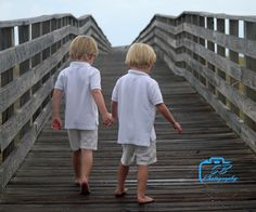 One of many boardwalk photos we got this week.  Loved this one. It was the second photo I took in the shoot. Love getting good ones that quick!