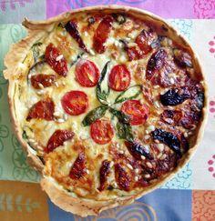 Kell's Kitchen: Hartige taart met geitenkaas, rode ui en aubergine