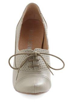 Right Here Heel in Grey   Mod Retro Vintage Heels   ModCloth.com