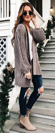 how to style a knit cardi : white top rips boots