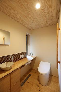 写真11|T様邸/プレジール/トラッド(H27.12.10更新) Japanese Modern, Japanese House, Japanese Style, Japanese Bathroom, Modern Toilet, Toilet Design, Washroom, Decor Styles, New Homes