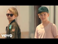 Marcus & Martinus - I Don't Wanna Fall In Love (Official Music Video) Falling In Love, Cool Pictures, Music Videos, Youtube, Party, Songs, Fiesta Party, Receptions, Youtubers