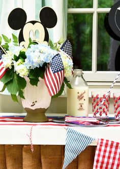 Magical Monday {A Mickey Mouse Memorial Day Celebration} Memorial Day Celebrations, Last Day Of School, Disney Tips, School Snacks, Disney Vacations, Announcement, Mickey Mouse, Memories, Table Decorations