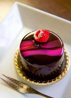 Beautiful Chocolate Small Sized Cake. ❤