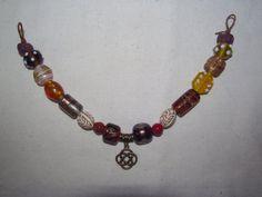 Wikinger Fibelkette Lampwork- und Muranoperlen Keltischer Knoten Unikat