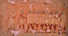 (adsbygoogle = window.adsbygoogle || []).push();   Durante siglos, cientos de arqueólogos, egiptólogos e historiadores fueron en busca de las maravillosas tierras del país de Punt, pero nadie ha logrado encontrar nunca su localización concreta. ¿Existió realmente Punt? Hay...
