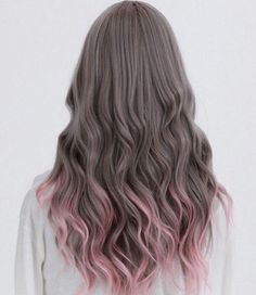 Perfection!  Grey & soft Pink, two of our fav coloured hair looks right now! #hairinspo #hairgoals #hair #haircrush #TheNAKCollective #NAKhair