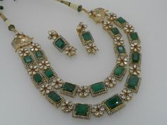 Emerald+and+Kundan+Necklace+from+Royal+Jewels