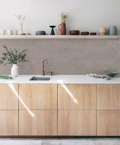 Kutu Kitchen and colors Minimalist Kitchen kitchen colors Kitchen and colors Mini Interior Design Minimalist, Minimalist Home, Home Decor Kitchen, Home Kitchens, Kitchen Ideas, Rustic Kitchen, Zen Kitchen, Modern Kitchens, Luxury Kitchens
