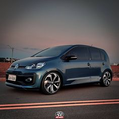 Volkswagen Up, Vw Up, Vehicles, Instagram, Conch Fritters, Navy Blue, Cars, Stuff Stuff, Car