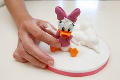 Daisy Duck tutorial