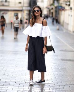 Inspiração #cool para as últimas comprinhas de Natal!!! Feliz Natal para todas!!! #rotinadeestilo #moda #modafeminina #fashionista #fashion #fashionblog #fashionstyle #style #estilo #inspiração #inspiration #instacool #instamood #instafashion #instafashionista #instagood #lookdodia #lookbook #lookoftheday #primaveraverão #sábado #weekend #feliznatal