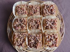 This Cinnamon-Pecan Crumb Cake is a healthy, nutritious dessert that will keep your whole family satisfied.