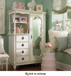 Store your child's precious things in this shabby chic toy chest with floral…