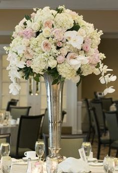 Create easy and fun floral centerpieces!