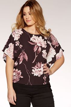 9121b4f2c76 Plus Size Black And Pink Crepe Batwing Top - Quiz Clothing