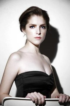Anna Kendrick photo by Anne Kendrick, Anna Kendrick Body, Pitch Perfect 2012, Pictures Of Anna, Felicity Jones, Kellan Lutz, Gorgeous Blonde, Instagram And Snapchat, Famous Women