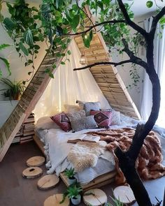 dream rooms for adults bedrooms * dream rooms ; dream rooms for adults ; dream rooms for women ; dream rooms for couples ; dream rooms for adults bedrooms ; dream rooms for girls teenagers Bohemian Bedrooms, Boho Room, Bohemian Decor, Gypsy Room, Dream Rooms, Dream Bedroom, Home Design, Interior Design, Bed Design