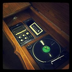 Retro Phono Sonic Am Fm 8 Track Console Stereo Player