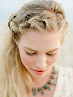 half-up-wedding-hairstyles-08
