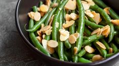 Sauteed Green Beans with Almonds is the perfect side dish weeknights, holidays and dinner parties. This dish is also known as Green Beans Amandine. Green Beans With Almonds, Sauteed Green Beans, Sauteed Greens, Green Beans Almondine, Easy Mashed Potatoes, Star Food, Green Bean Recipes, Veggie Recipes, Cooking Appliances