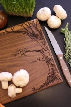 Hey, I found this really awesome Etsy listing at https://www.etsy.com/listing/201080586/personalized-cutting-board-christmas