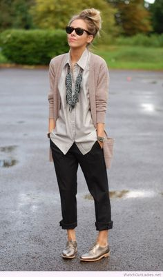 Neutrals, metallic shoe, menswear inspired, statement necklace, comfy-chic