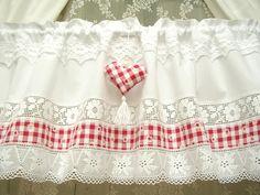 Curtains – Karo Landhausgardine weiß rot shabby vintage 283 – a unique product by bluebasar on DaWanda
