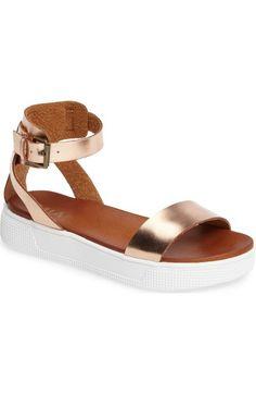 f088128d5966c MIA Platform Sandal (Women)