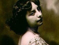 Fernande Olivier. (Pablo Picasso)