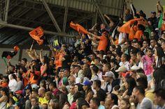 Una comitiva de hinchas de Club Deportivo Lyon acompañó a su equipo en Bello.