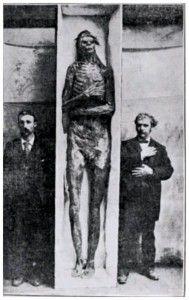 Uno dei segreti più misteriosi nascosti all'umanità: il ritrovamento di diciotto scheletri giganti nel Winsconsin | oubliettemagazine