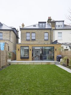 A stylish family home location with open plan living spaces, lots of natural light, spacious rooms and off street parking. Victorian House Interiors, Victorian Living Room, Edwardian House, 1930s House, Victorian Homes, Victorian Townhouse, House Extension Plans, House Extension Design, House Design