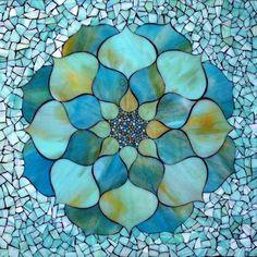 mosaico flor azul