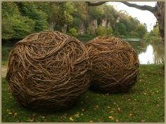 Rachel Carter's fantastic vine orbs